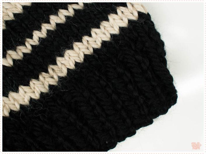 bonnet_rayures_ecru_noir_tricot_hellokim_01